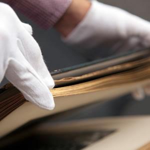 Handling precious archives